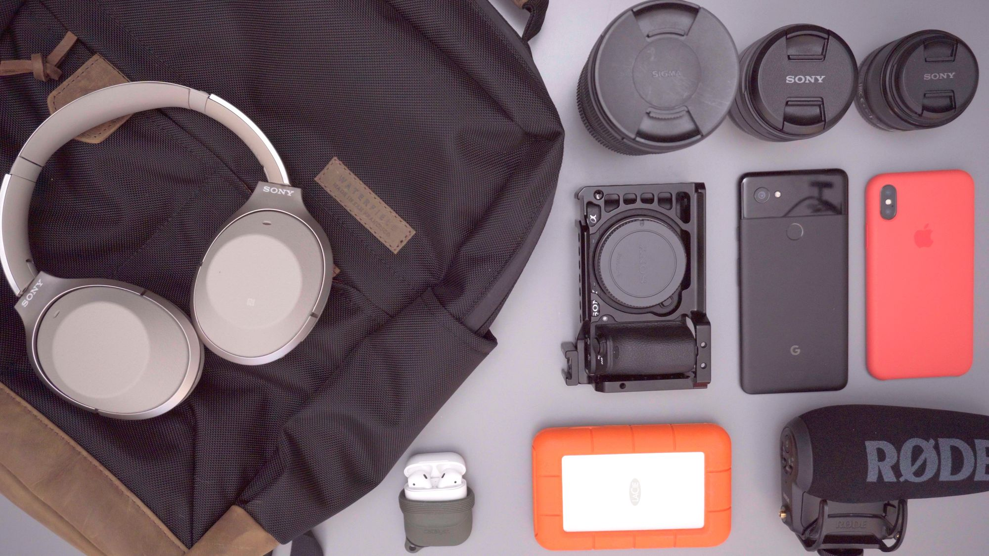 What's In My Bag (CES 2018)