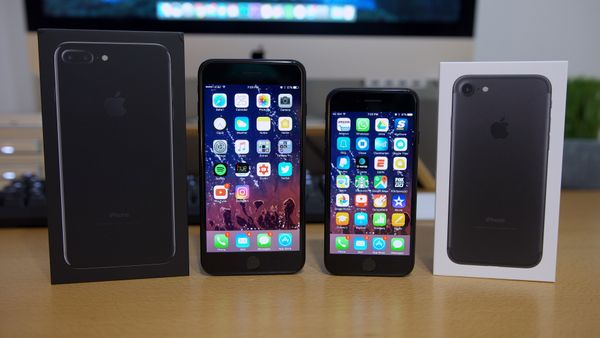 iPhone 7 Review: Is the iPhone 7/7 Plus Worth it?